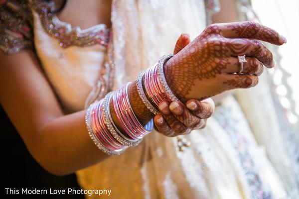 indian bridal mehndi,indian bridal jewelry,indian bridal fashions