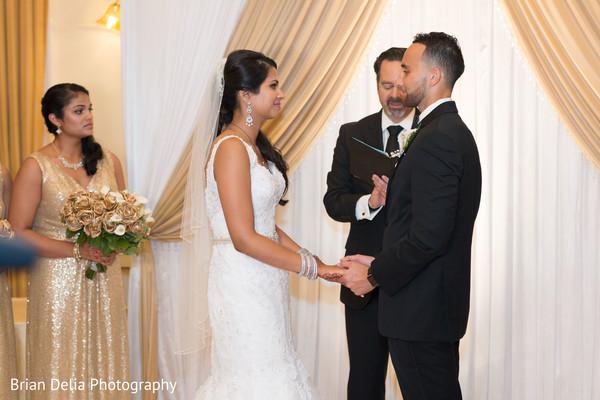 indian wedding ceremony photography,indian bridal fashions,indian groom fashion
