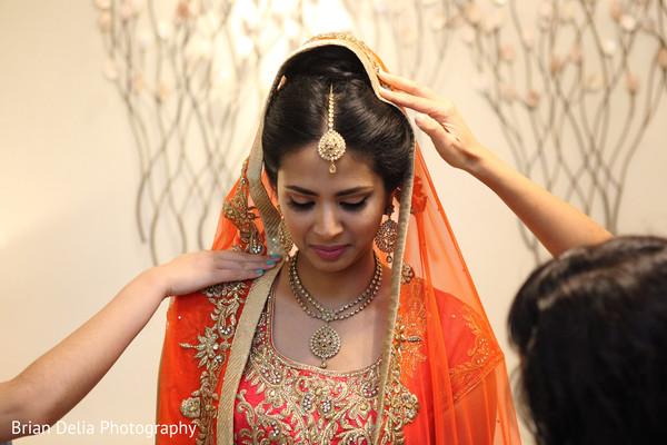 bridal tikka,indian bridal lengha,pre-wedding ceremony photography