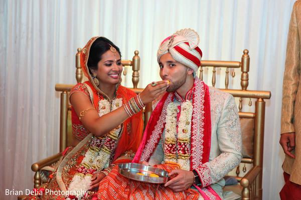 indian wedding ceremony photography,indian wedding mandap,indian bridal jewelry