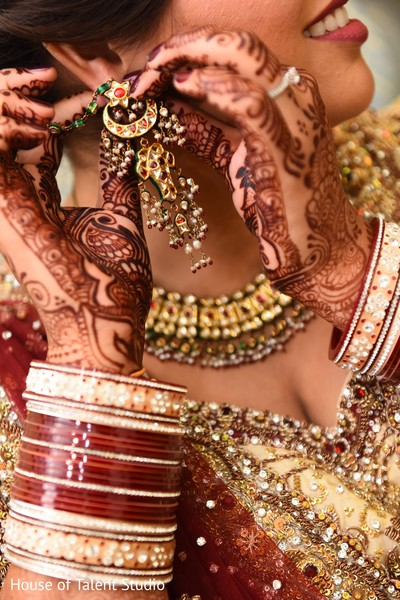 indian bridal jewelry,indian bride,indian bridal mehndi