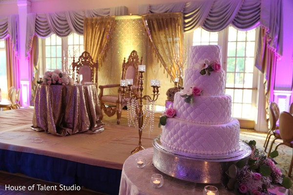 indian wedding reception,indian wedding cakes,lightning