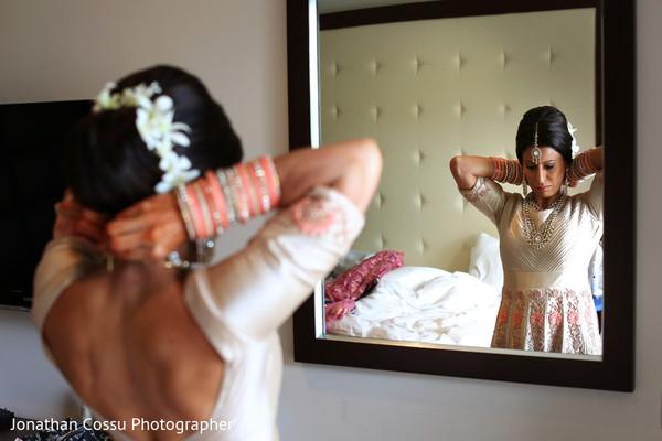 indian wedding jewelry,indian bridal jewelry,indian bride