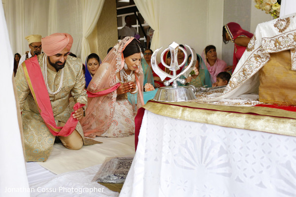 indian wedding couple,indian wedding traditions