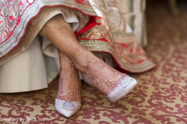 mehndi art,indian wedding shoes,indian wedding gallery