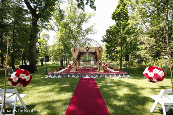 outdoor indian wedding decor,indian wedding mandap,indian wedding planning & design