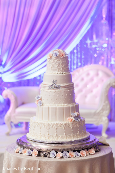 indian wedding gallery,lightning,indian wedding cakes