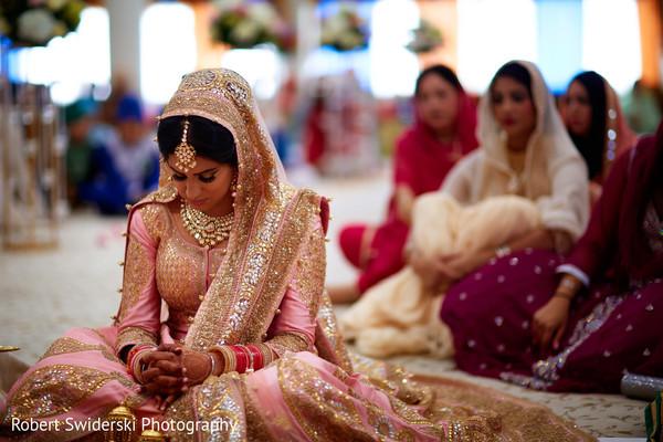 sikh bride,indian weddings