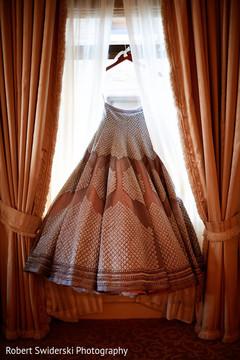 indian bride,indian bride reception fashion