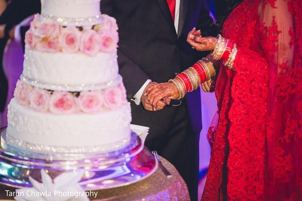 indian wedding cakes,indian wedding reception