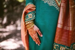 outdoor photography,indian wedding henna,indian pre-wedding celebrations