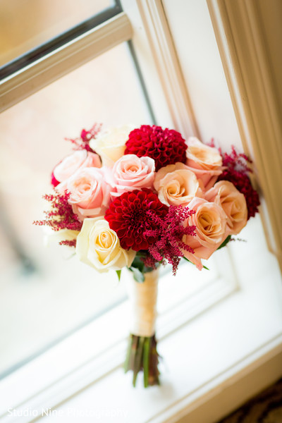 indian wedding bouquet,indian bridal bouquet,flower bouquet
