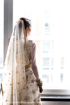 indian bridal fashions,indian wedding lengha,white and gold lengha