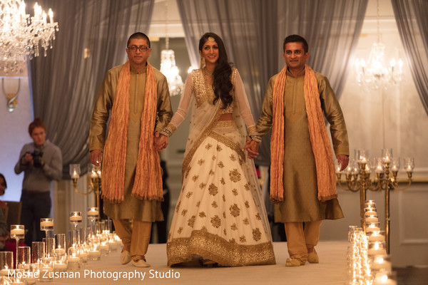 indian bridal fashions,indian bridal lengha,golden sherwani