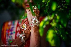indian bride,indian wedding mehndi,indian wedding photography