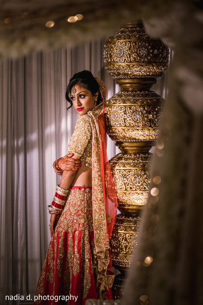 indian bridesmaids,indian bride,indian wedding portrait,indian bridal fashions