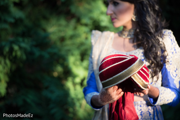indian groom turban,indian bridal fashions,outdoor photography