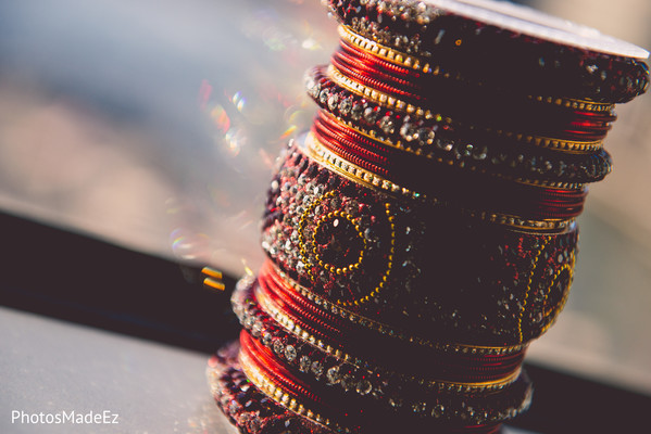 indian bridal jewelry,bride bangles,indian wedding gallery
