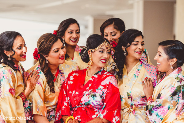 indian bride getting ready,indian bridesmaids,indian wedding gallery