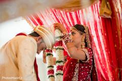 indian groom sherwani,indian groom turban,indian wedding mandap