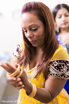 golden bangles,indian sari