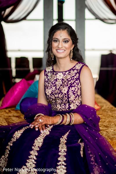 indian wedding mehndi,bride bangles,indian bride makeup