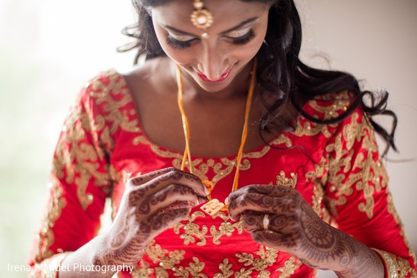 indian bridal lengha,indian bride getting ready