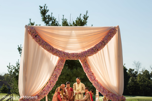 indian wedding mandap,indian wedding man dap,indian wedding floral and decor