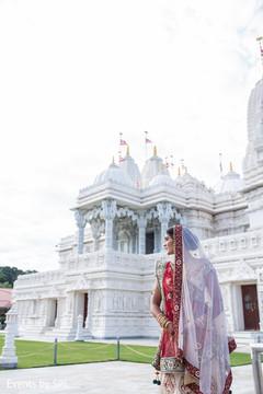 indian bride,indian bridal fashions
