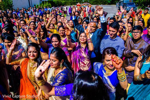 indian wedding baraat,indian pre-wedding celebrations