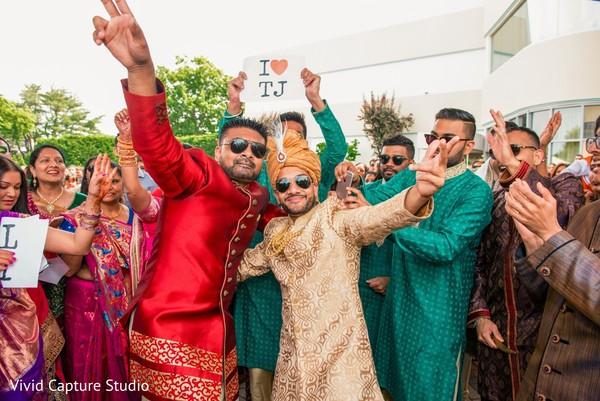 indian wedding baraat,indian groom