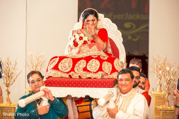 indian wedding ceremony,indian bridal fashions