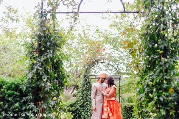 outdoor photography,indian bride ceremony fashion,bride bangles