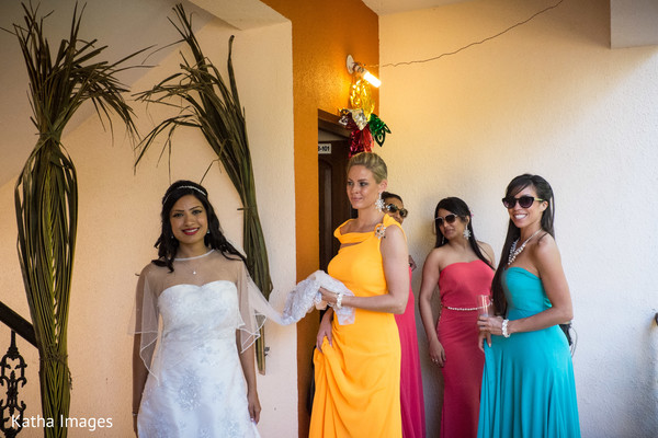 Maharani ready with her bridesmaids