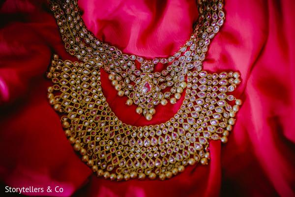 Kunda bridal necklace.