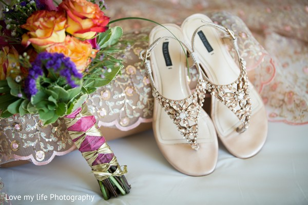 Bridal footwear for ceremony