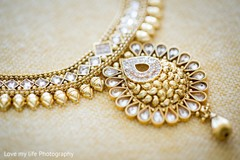 gold indian wedding jewelry,jewelry set,indian bridal jewelry,south asian bridal jewelry