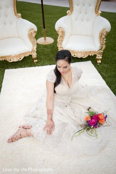 indian bride,indian bridal,indian wedding,indian wedding portraits