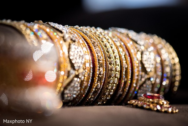 indian bridal jewelry,indian wedding bangles,indian bridal bangles