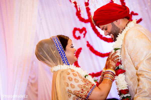 indian bridal mehndi,indian wedding photography