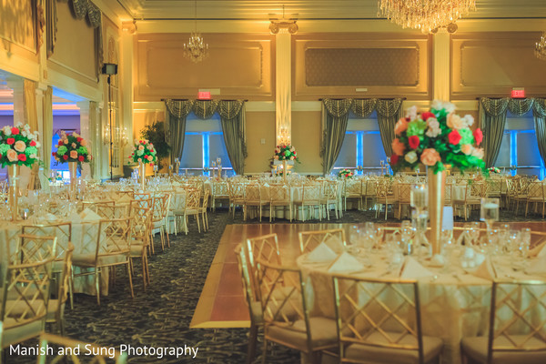 golden wedding decor,golden rentals