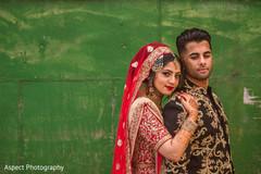 mehndi art,indian wedding outfits,indian bride ceremony fashion