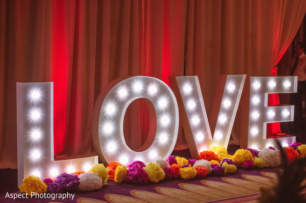 indian weddings,indian wedding photography,indian wedding reception floral and decor