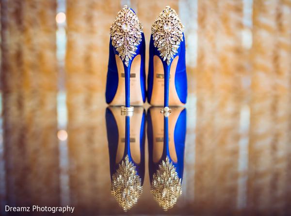 Amazing blue heels with jewelry