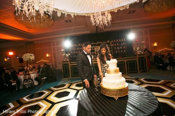 tier cake,indian wedding cakes,white tier cake